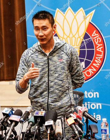 Malaysian badminton player Lee Chong Wei poses for photographs after a press conference in Kuala Lumpur, Malaysia, 08 November 2018. Chong Wei spoke to the media for the first time after he was diagnosed with nose cancer in July.
