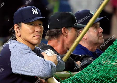 MLB All-Stars' base coach Hideki Matsui of the New York Yankees attends a batting practice before the exhibition game between the Major League Baseball (MLB) Team and Yomiuri Giants at Tokyo Dome in Tokyo, Japan, 8 November 2018.