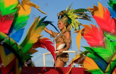 Candidate representative of Caldas department Maria Clara Ramirez participates in the folkloric and artistic parade of the Independence festivities in Cartagena, Colombia, 08 November 2018. Colombia will elect the new sovereign of national beauty contest on 12 November.