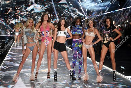 Frida Aasen, Sofie Rovenstine, Sadie Newman, Leomie Anderson, Alanna Arrington, Kelly Gale. Models Frida Aasen, left, Sofie Rovenstine, Sadie Newman, Leomie Anderson, Alanna Arrington and Kelly Gale walk the runway during the 2018 Victoria's Secret Fashion Show at Pier 94, in New York