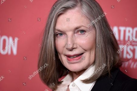Susan Sullivan arrives at the Patron of the Artists Awards, at the Wallis Annenberg Center for the Performing Arts in Beverly Hills, Calif