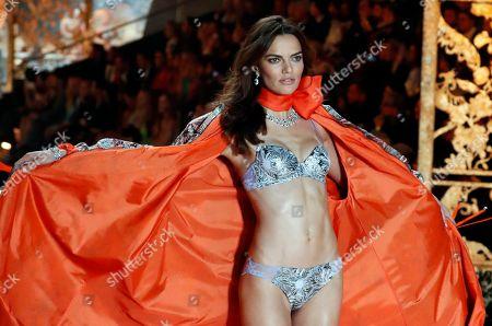 Brazilian model Barbara Fialho on the catwalk