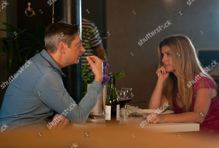 Ep 9614 Friday 16th November 2018 - 1st Ep Gina Seddon, as played by Connie Hyde, heads out on a date and is shocked to find her date Ian is in fact Duncan, as played by Nicholas Gleaves.
