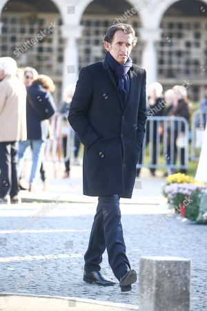 Alexandre Bompard walking