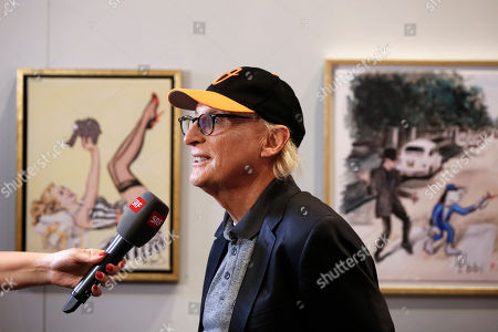 German comedian Otto Waalkes speaks with the press in front of his pictures in the exhibition 'Saitenspruenge - Wenn Musiker malen' (lit. string escapade - when musicians paint) at the Kornhausforum in Bern, Switzerland, 09 November 2018. The exhibition runs from 10 to 25 November.