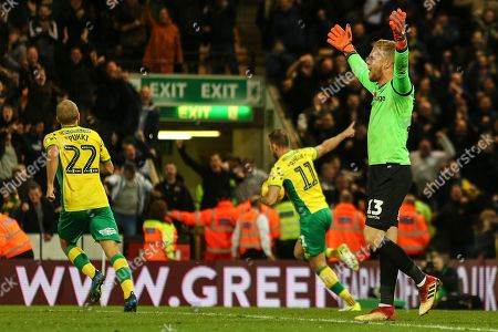 Ben Amos of Millwall claims offside as Jordan Rhodes of Norwich City celebrates his goal with Teemu Pukki of Norwich City - Norwich City v Millwall, Sky Bet Championship, Carrow Road, Norwich - 10th November 2018