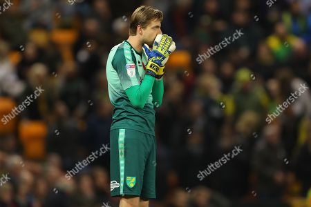 Tim Krul of Norwich City looks on after seeing Ben Amos of Millwall save a penalty from team mate, Teemu Pukki - Norwich City v Millwall, Sky Bet Championship, Carrow Road, Norwich - 10th November 2018