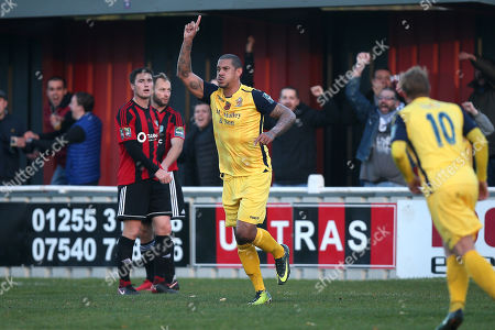 Leon McKenzie of Hornchurch scores the first goal for his team and celebrates during Brightlingsea Regent vs AFC Hornchurch, Buildbase FA Trophy Football at North Road on 10th November 2018