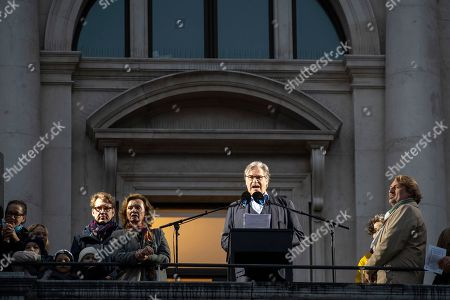 Austrian actor Peter Simonischek attends the European Balcony Project at the balcony of the Burgtheater in Vienna, Austria, 10 November 2018. European artists and intellectuals proclaimed a 'European Republic' simultaneously from balconies, theaters and public spaces in dozens of cities across the continent at 4pm on 10 November. The aim is to spark a debate about European democracy and what it means to be European citizens. The European Balcony Project was initiated by the European Democracy Lab think tank and took place for the first time.