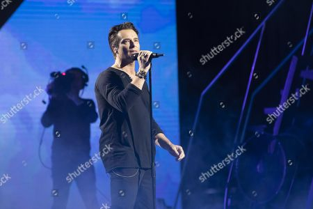 David Hallyday performs