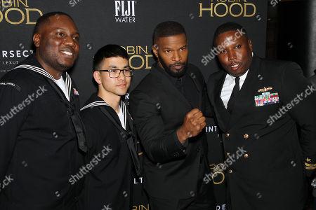 Samuel Mensah Onumah (Serviceman), Andy Kim (serviceman), Jamie Foxx, ?(Serviceman)