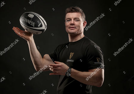 Dublin, 12th November 2018: Ahead of the most hotly anticipated game of the Guinness Series where Ireland take on New Zealand at the Aviva Stadium, Guinness has brought together former New Zealand rugby player Tana Umaga and former Irish international rugby player Brian O?Driscoll over a pint of the black stuff to spotlight the camaraderie of the sport. The pair also performed the traditional Maori Hongi, a strong symbolic show of unity between two people showing how they have put that ?spear tackle? behind them. Throughout the series, Guinness is rallying fans to #AnswerIrelandsCall and get behind the Irish Rugby team. Fans are encouraged to get involved as Guinness is giving away a number of pairs of tickets to each fixture including the sold out Ireland v New Zealand game at the Aviva Stadium. Fans should visit the Guinness Facebook page and leave their message of support using the #AnswerIrelandsCall to be in with a chance to win tickets to the Guinness Series (terms and conditions apply) *. Guinness is the official title sponsor of the Guinness Series and a proud supporter of Irish Rugby. Enjoy Guinness sensibly. Visit www.drinkaware.ie . Facebook: www.facebook.com/Guinnessireland. Twitter: @GuinnessIreland. Pictured is Brian O'Driscoll