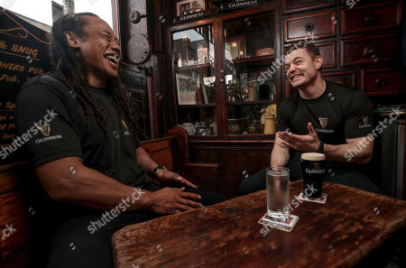 Dublin, 12th November 2018: Ahead of the most hotly anticipated game of the Guinness Series where Ireland take on New Zealand at the Aviva Stadium, Guinness has brought together former New Zealand rugby player Tana Umaga and former Irish international rugby player Brian O?Driscoll over a pint of the black stuff to spotlight the camaraderie of the sport. The pair also performed the traditional Maori Hongi, a strong symbolic show of unity between two people showing how they have put that ?spear tackle? behind them. Throughout the series, Guinness is rallying fans to #AnswerIrelandsCall and get behind the Irish Rugby team. Fans are encouraged to get involved as Guinness is giving away a number of pairs of tickets to each fixture including the sold out Ireland v New Zealand game at the Aviva Stadium. Fans should visit the Guinness Facebook page and leave their message of support using the #AnswerIrelandsCall to be in with a chance to win tickets to the Guinness Series (terms and conditions apply) *. Guinness is the official title sponsor of the Guinness Series and a proud supporter of Irish Rugby. Enjoy Guinness sensibly. Visit www.drinkaware.ie . Facebook: www.facebook.com/Guinnessireland. Twitter: @GuinnessIreland. Pictured is Tana Umaga and Brian O'Driscoll