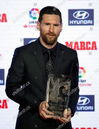 FC Barcelona's Argentinian forward Leo Messi poses after receiving the Alfredo Di Stefano Award for the best player of 2017/2018 LaLiga's season during the awarding ceremony of MARCA sport newspaper held in Barcelona, Catalonia, Spain, 12 November 2018.