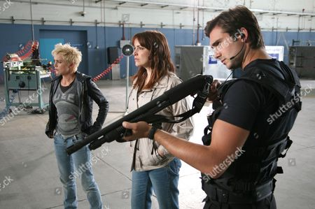 'Primeval' TV programme - Series 3: Hannah Spearritt, Lucy Brown and Ben Mansfield