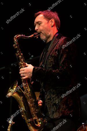 Stacey Kent - Jim Tomlinson, saxophone