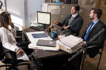Ana Ortiz as Dr. Mary Hernandez, Ike Barinholtz as Morgan Tookers and Garret Dillahunt as Jody Kimball-Kinney