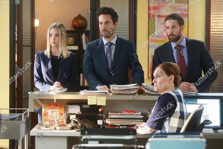 Rebecca Rittenhouse as Anna Ed Weeks as J Reed, Beth Grant as Beverly and Garret Dillahunt as Jody Kimball-Kinney