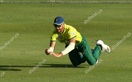 Aiden Markram of South Africa takes a catch to dismiss Chris Green of the Cricket Australia XI during the T20 tour match between the Cricket Australia XI and South Africa played at Allan Border Field in Brisbane, Australia, 14 November 2018.