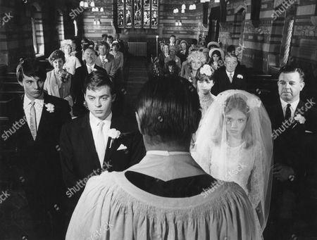 1966, Hywell Bennett, Hayley Mills, Jambox, Scene Still, Drama, Landscape,