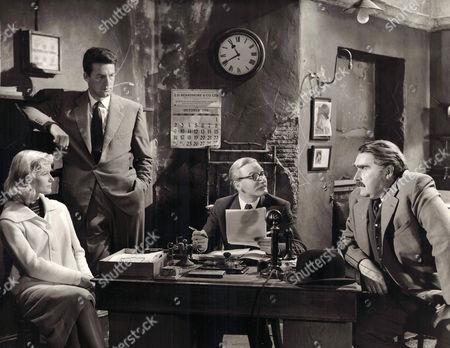 1957, Sous le plus petit chapiteau du monde, Virginia McKenna, Bill Travers, Leslie Phillips, Francis De Wolff, British Lion, Scene Still, Comedy, Landscape,