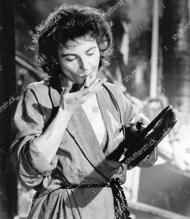 1957, La Femme en robe de chambre, Yvonne Mitchell, Associated British, Scene Still, Portrait,