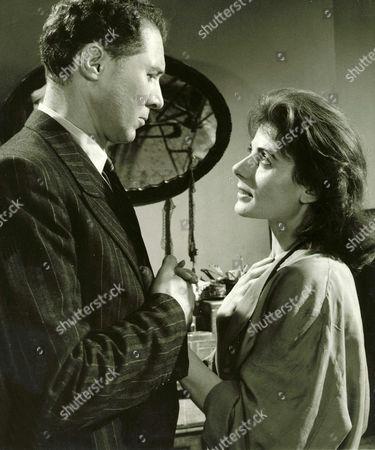 1957, La Femme en robe de chambre, Anthony Quayle, Yvonne Mitchell, Associated British, Scene Still, Portrait,