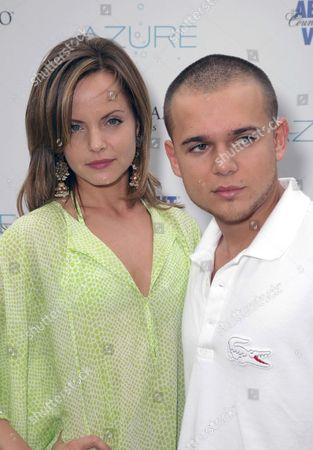 Mena Suvari and fiance Simone Sestito