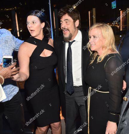 Benicio Del Toro, Patricia Arquette and guest