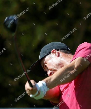Ross Fisher of England  tees off during the first round of the DP World Tour Championship European Tour Golf tournament 2018 at Jumeirah Golf Estates in Dubai, United Arab Emirates, 15 November 2018.