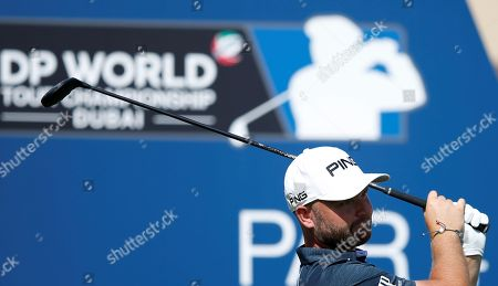 Andy Sullivan of England tees off  during the first round of the DP World Tour Championship European Tour Golf tournament 2018 at Jumeirah Golf Estates in Dubai, United Arab Emirates, 15 November 2018.