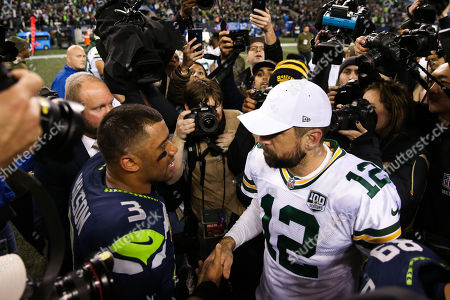 9ce8e0900 Seattle Seahawks quarterback Russell Wilson (3) and Green Bay Packers  quarterback Aaron Rodgers ...