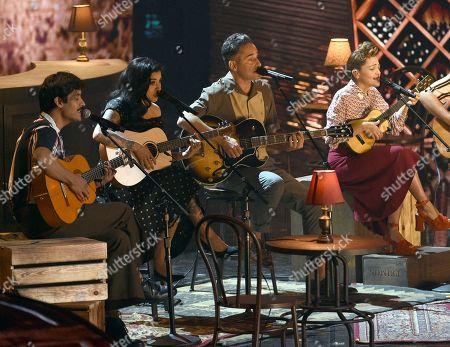 El David Aguilar, Mon Laferte, Jorge Drexler, Natalia Lafourcade. El David Aguilar, from left, Mon Laferte, Jorge Drexler and Natalia Lafourcade perform 'Telefonia'