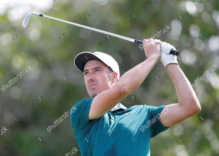 Ross Fisher of England tees off during the second round of the DP World Tour Championship European Tour Golf tournament 2018 at Jumeirah Golf Estates in Dubai, United Arab Emirates, 16 November 2018.