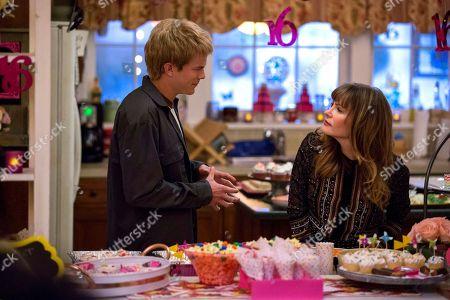 Graham Rogers as Evan Chapin and Jennifer Jason Leigh as Elsa Gardner