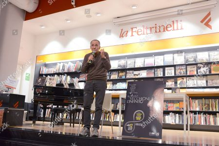 The singer Roberto Vecchioni presents his new album L INFINITO at Feltrinelli in Via Appia Nuova in Rome