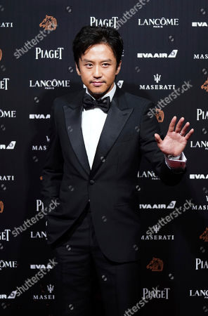 """Chinese actor Deng Chao arrives at the 55th Golden Horse Awards in Taipei, Taiwan, . Deng is nominated for Best Leading Actor for the film """"Shadow"""" at this year's Golden Horse Awards -one of the Chinese-language film industry's biggest annual events"""