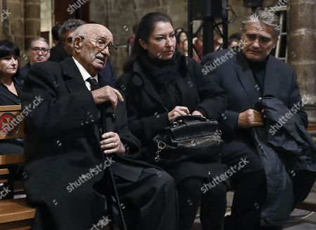 Bernabe Marti (L), widower of Spanish soprano Montserrat Caballe; their daughter Montserrat Marti (C), and her husband Carlos de Navas Mir (R), attend the funeral mass of the Spanish soprano at cathedral in Barcelona, northeastern Spain, 17 November 2018. Caballe died early morning 06 October 2018 at Sant Pau Hospital in Barcelona, where she was admitted last September.