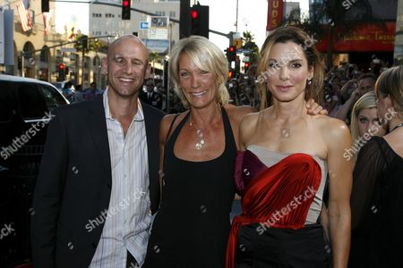 Stock Picture of Director Phil Traill, Producer Mary McLaglen and Sandra Bullock