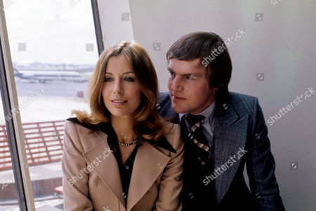 'Bouquet of Barbed Wire'  TV - 1976 -   Deborah Grant, Eric Carte.