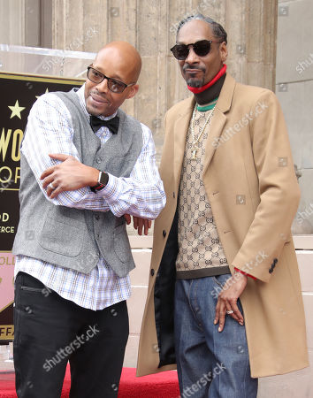 Stock Picture of Snoop Dogg and Warren G
