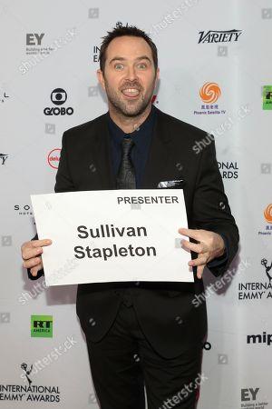 Sullivan Stapleton