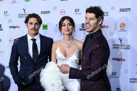 Stock Photo of Romulo Arantes Neto, Thaila Ayala and José Loreto