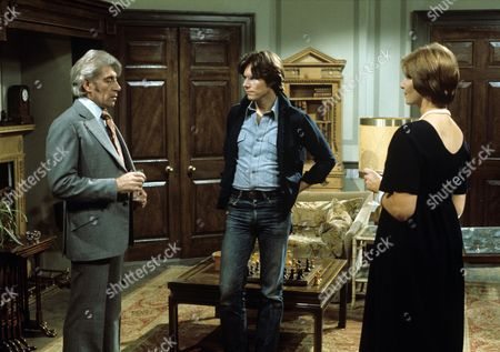 'Another Bouquet'  TV - 1977 - Frank Finlay, James Aubrey, Sheila Allen.
