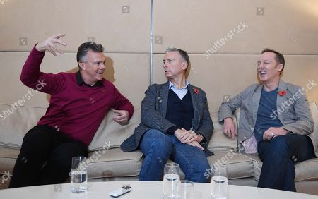 David O'leary Lee Dixon And Alan Smith. Ex Arsenal Players From The '89 Title Winning Season David O'leary Lee Dixon And Alan Smith. Uk..