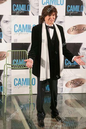 Camilo Sesto.