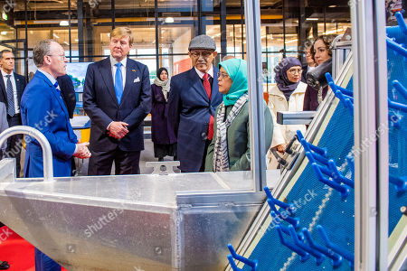 King Willem-Alexander with The President of Singapore, Halimah Yacob and her husband Mohamed Abdullah Alhabshee