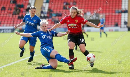 Kirsty Hanson of Manchester United Women and Sarah Wilson of Durham