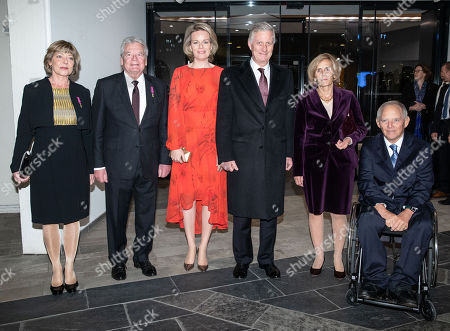 (R-L) President of the German Parliament Wolfgang Schaeuble, his wife Ingeborg Schaeuble, King Philippe and Queen Mathilde of Belgium, former German President Joachim Gauck with his partner Daniela Schadt pose for a group photo prior to a Beethoven 'Missa solemnis' concert at the Berlin Philharmonic in Berlin, Germany 23 November 2018. The royal Belgian couple visit the German capital in order to commemorate the 100th anniversary of the end of the First World War.