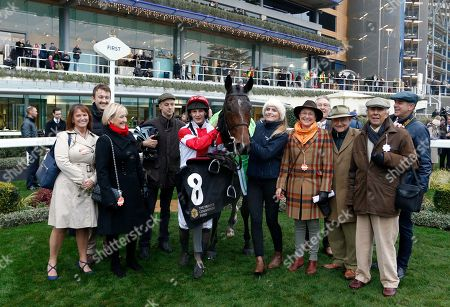 MR MEDIC (James Best) and owners after The Waitrose & Partners Handicap Chase Ascot